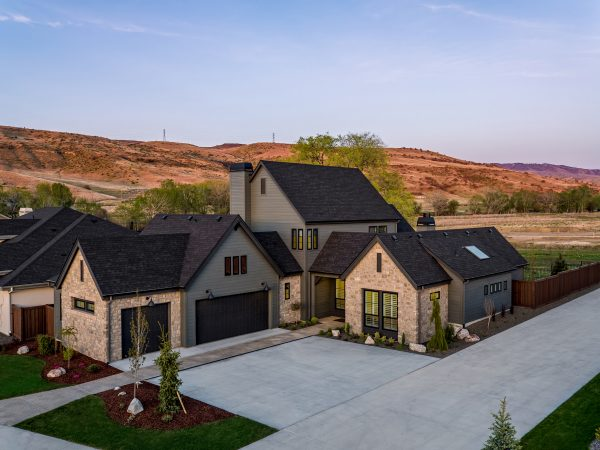Meet Our Award-Winning 2020 Parade Home: The Grayhawk